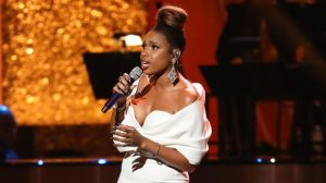 Jennifer Hudson Stuns In White Dress For Aretha Franklin Tribute Particular – Hollywood Existence