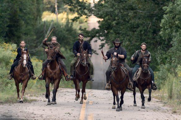 The Walking Ineffective showrunner on that memoir Daryl-Beta brawl – Entertainment Weekly News